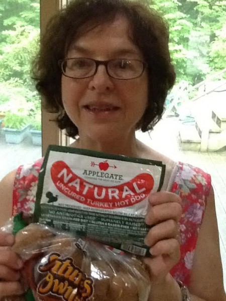 Sylvia shows us her Applegate hot dogs.  All of Applegate's products come from animals raised without antibiotics.